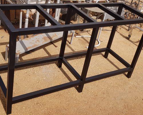 בניית סטנד לאקווריומים