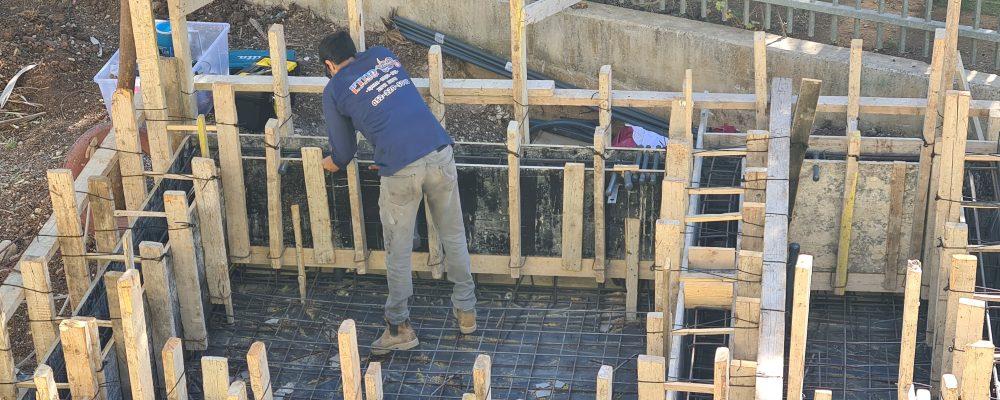 בניית בריכת נוי אקולוגית מבטון