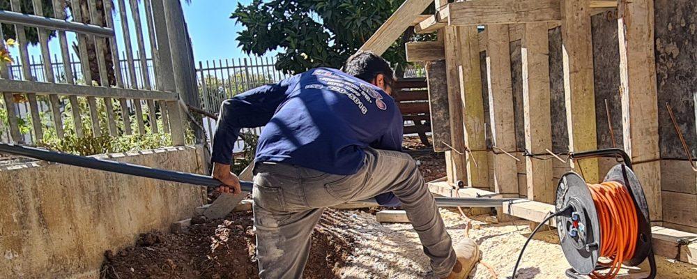 בניית בריכת נוי